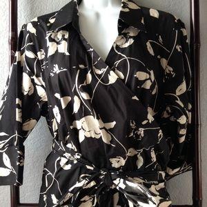 **SALE** Chic Talbots Black White Floral Wrap